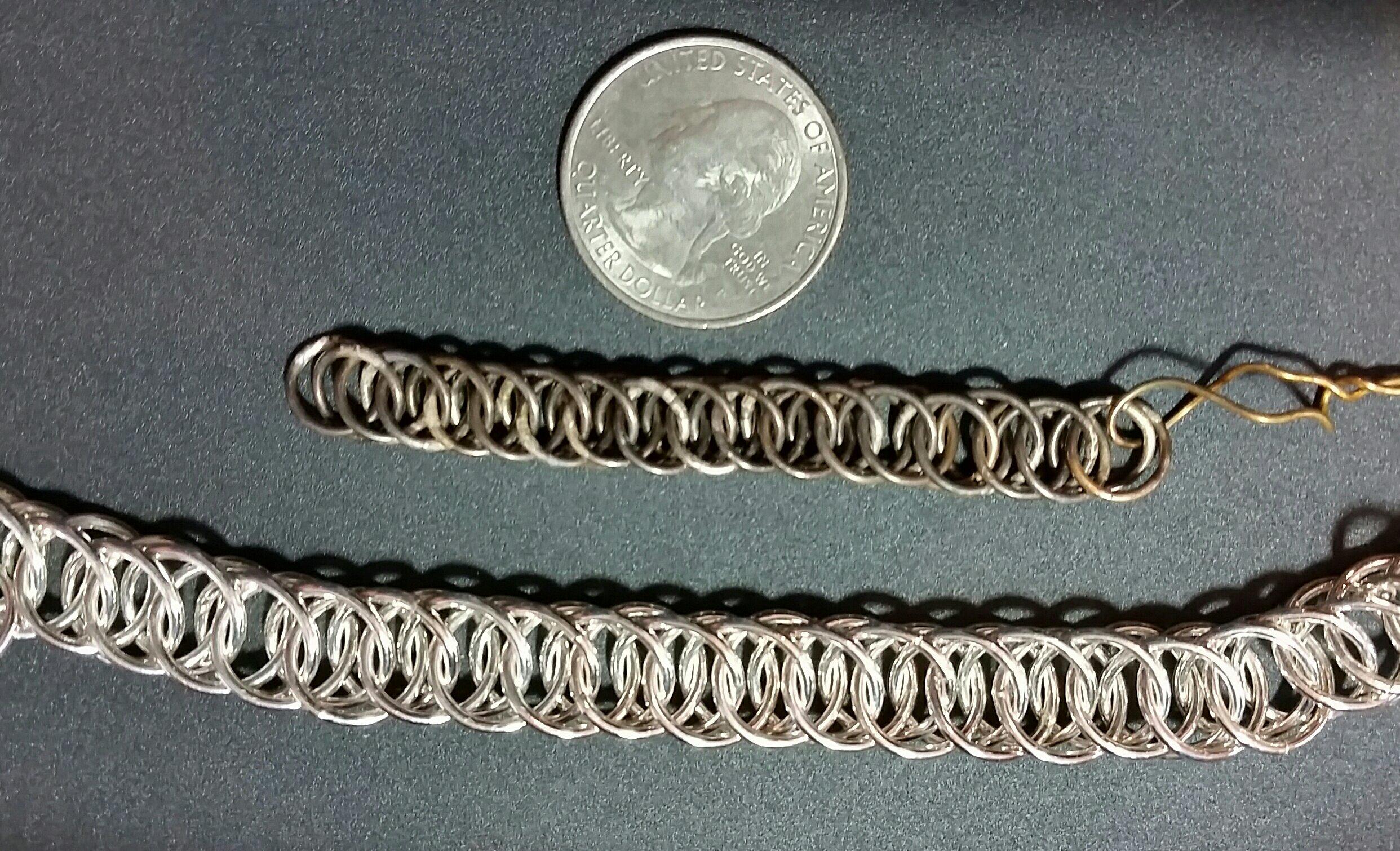 2 sizes of Columbus Chain
